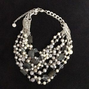 Chunky stone/pearl necklace